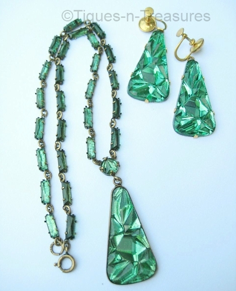 green vauxhall necklace and earrings set at TIQUES N TREASURES on Ruby Lane