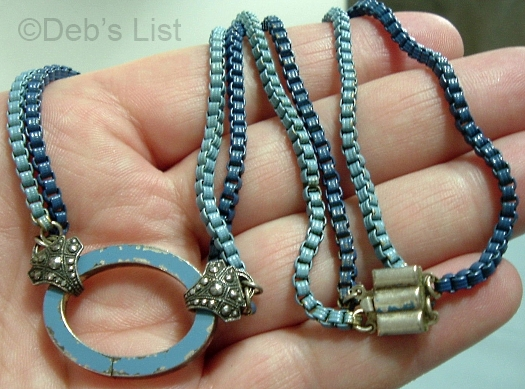 blue box chain and oval detail