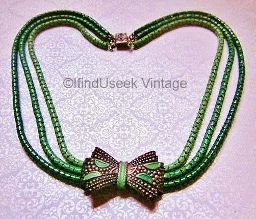 vintage 1930s deco green snake chain bow necklace