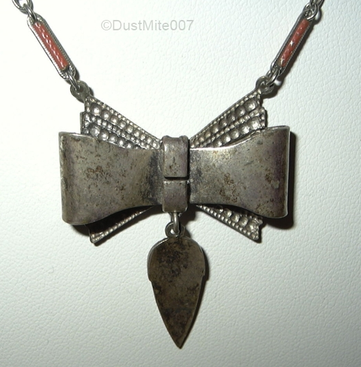 vintage 1930s enamel bow necklace v3