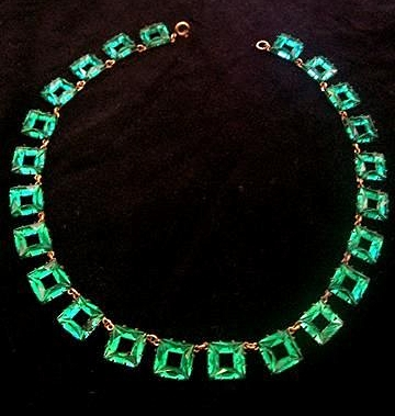 art deco green square Vauxhall glass necklace