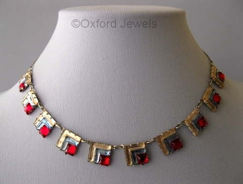 1930s art deco tricolor Vauxhall glass necklace