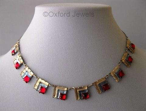 1930s art deco tricolor Vauxhall glass necklace