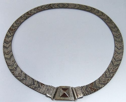 1930s art deco enamel mesh neckace with front clasp