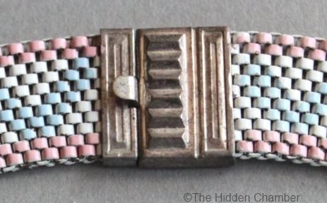 12 ribbed clasp