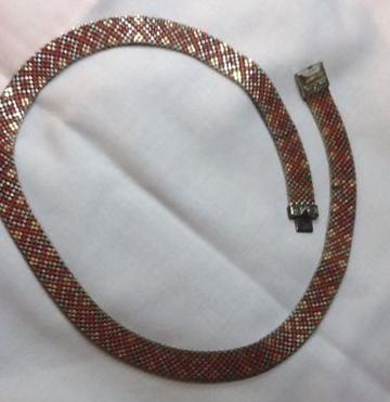 red patterned enamel mesh choker V1