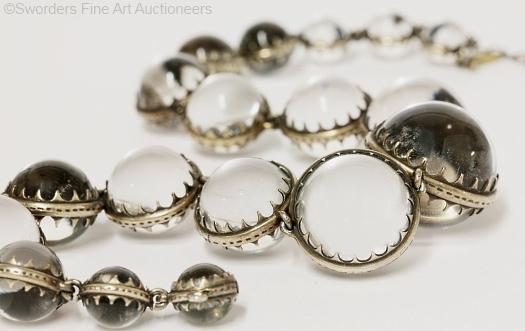 necklace bracelet set detail