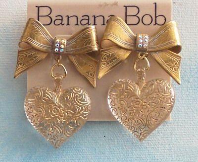 1980s Banana Bob bow and heart earrings