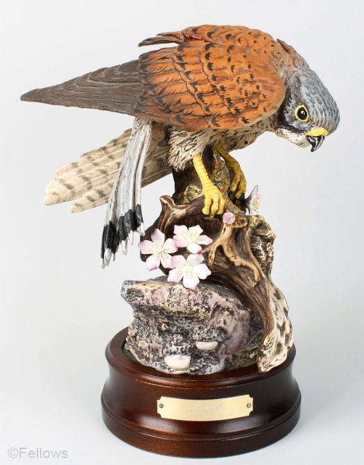 Royal Doulton kestrel model DA144