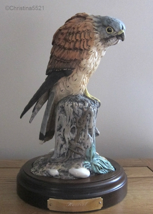 Royal Doulton kestrel model DA205