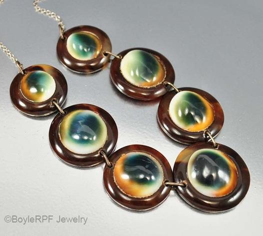 01 operculum tortoise necklace