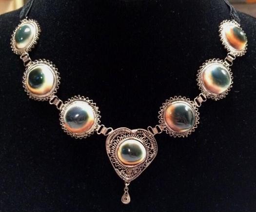 operculum filigree heart necklace