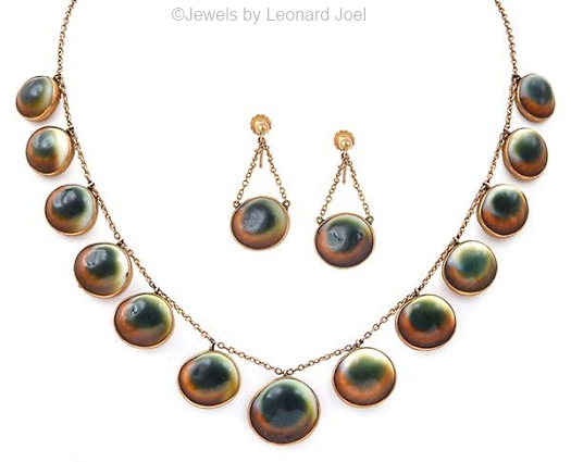 operculum necklace and earrings set