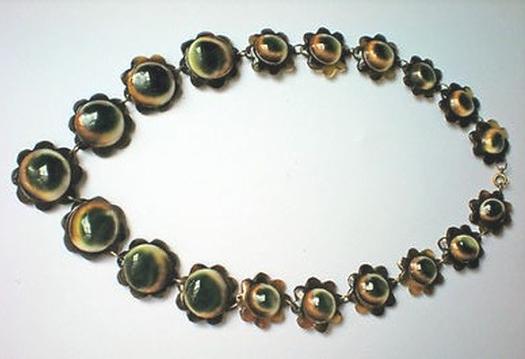 07 floral motif operculum and tortoise necklace
