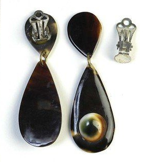 08 teardrop shape operculum and tortoise earrings
