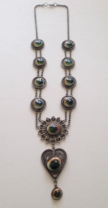 operculum sunburst and heart filigree necklace