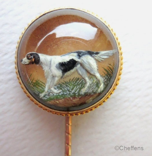 A stickpin depicting an English Setter.
