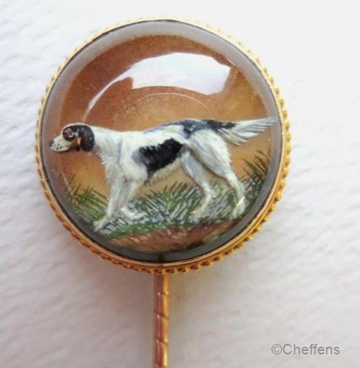A stickpin depicting an English Setter.