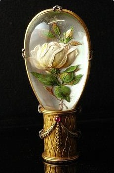 Victorian Essex crystal white rose parasol handle
