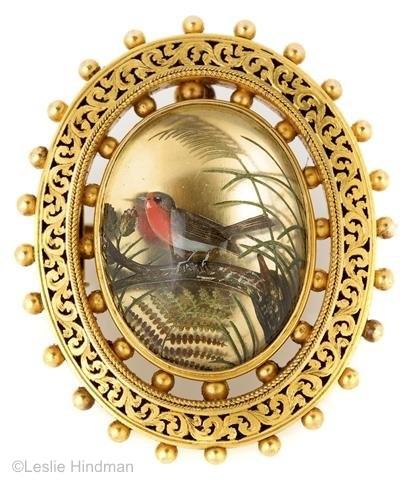 Essex crystal robin and foliage brooch