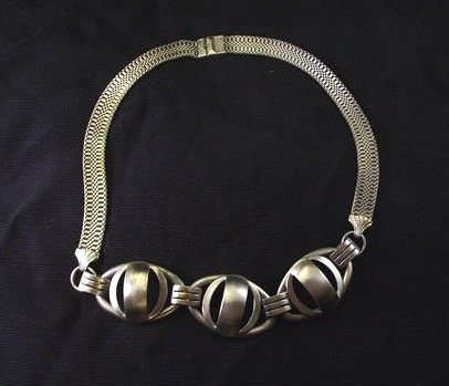 machine age deco mesh necklace silvertone chrome