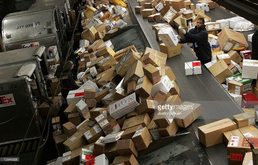 fedex-conveyor-belt-toss
