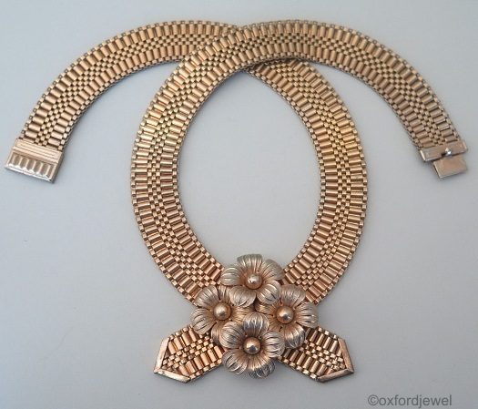 brass mesh crossover necklace with four flowers art deco 1930s view 1