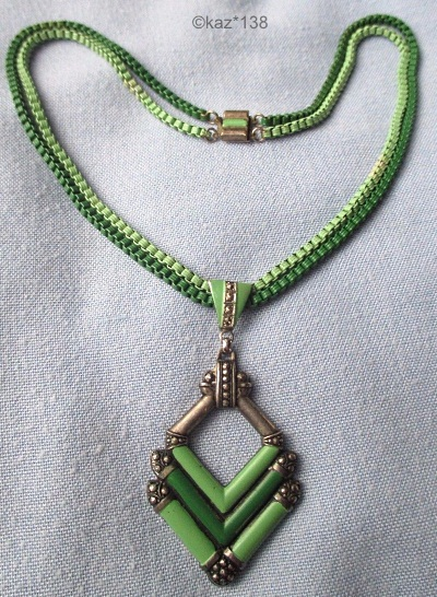 green enamel 1930s art deco box chain necklace